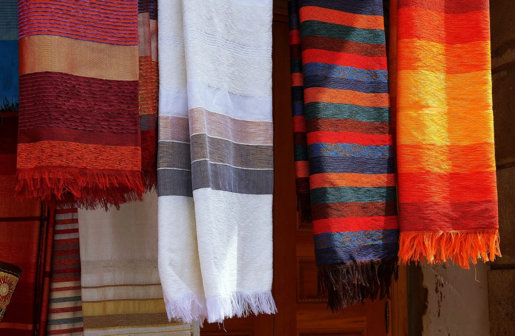 6 Ways on How To Master The Moroccan Berber Theme In Your Home 2